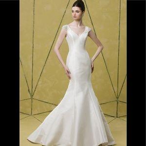 Badgley mischka elizabeth embellished silk gown